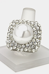 Crystal & Pearl Ball Stretch Ring