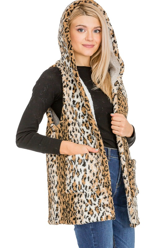 Leopard Patterned Hooded and Pocketed Faux Fur Lined Vest