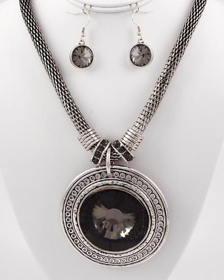 Black Center Stone Necklace & Earring Set