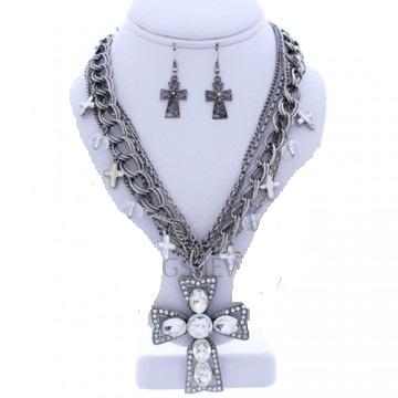 Cross Rhinestone Necklace Set